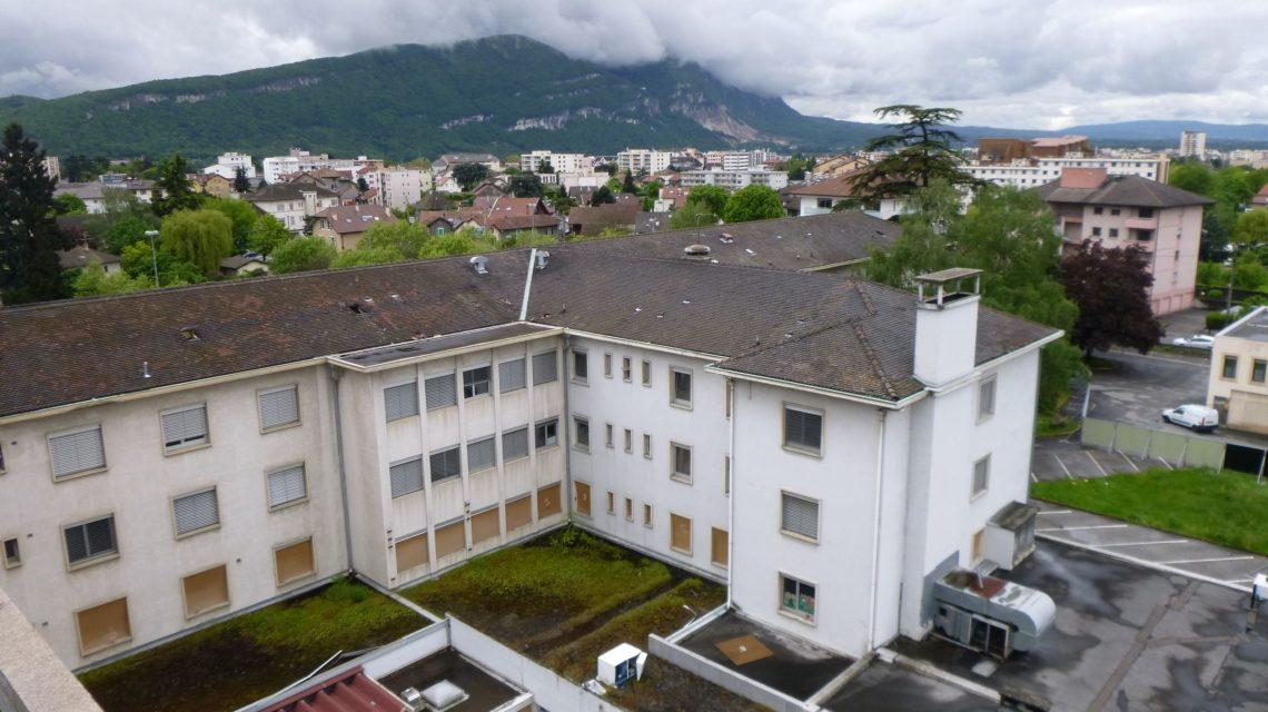 Maîtrise d'oeuvre de désamiantage et déconstruction d'un Centre Hospitalier en Haute-Savoie