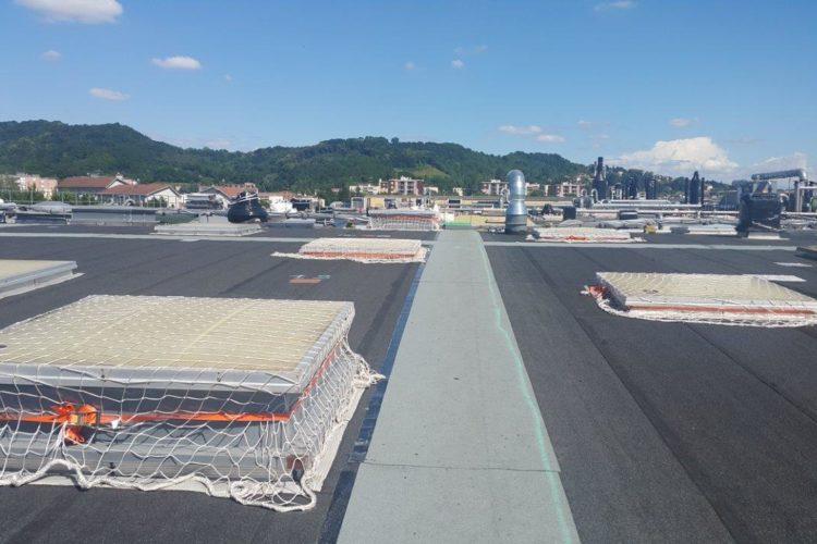 Maîtrise d'oeuvre de désamiantage d'une toiture dans l'Isère